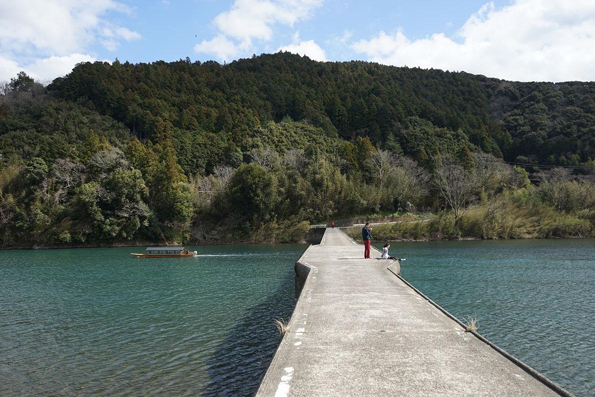 高瀬沈下橋で撮影