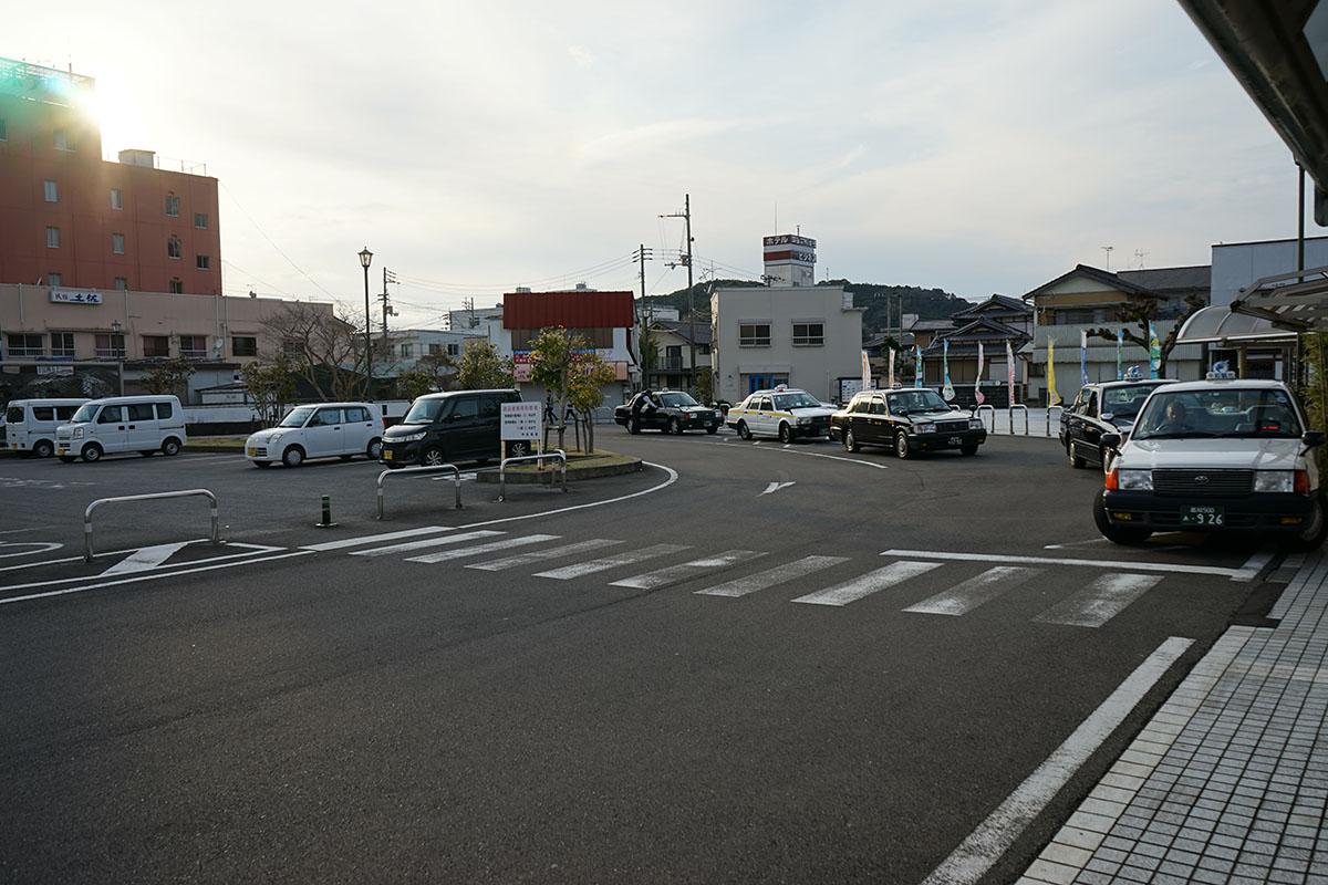 中村駅のタクシー乗り場