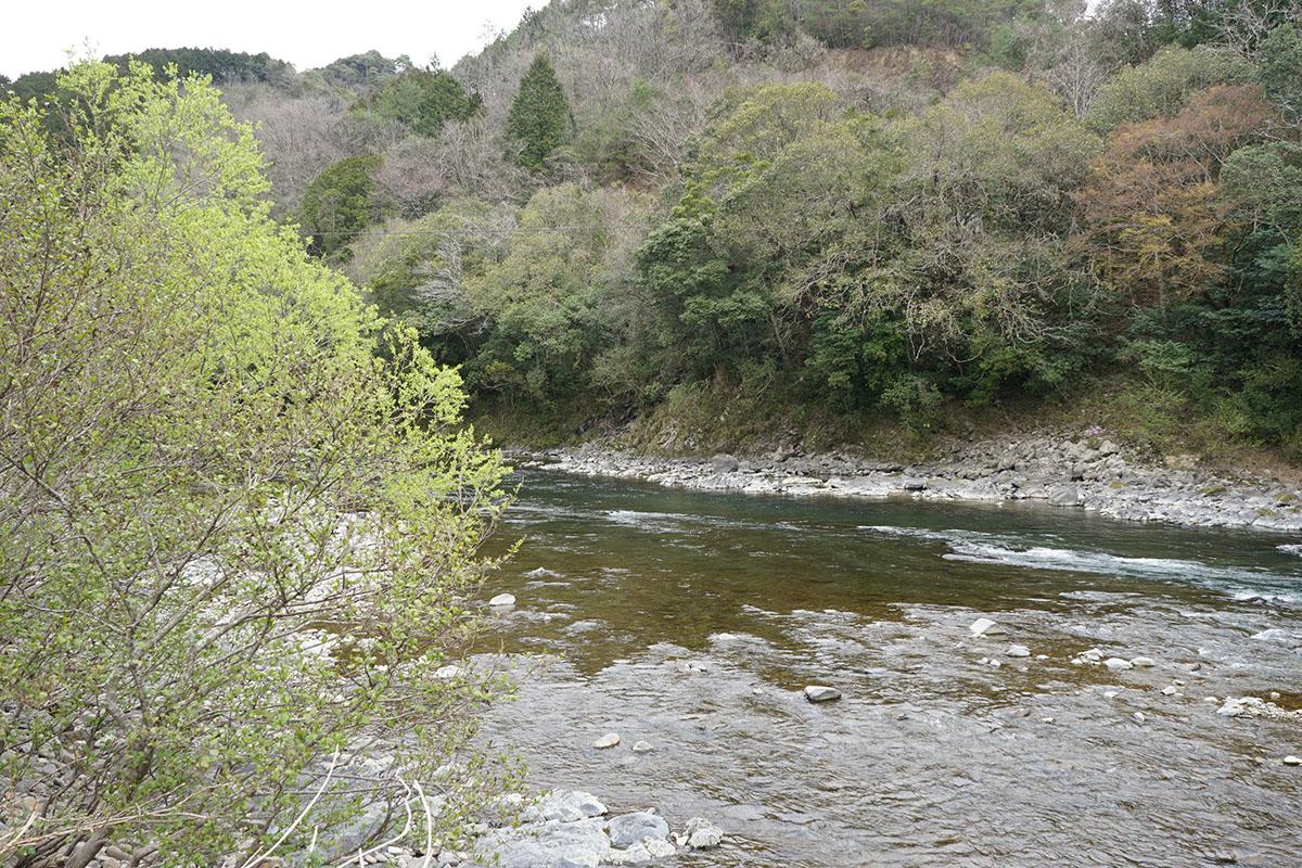 三島キャンプ場の河原